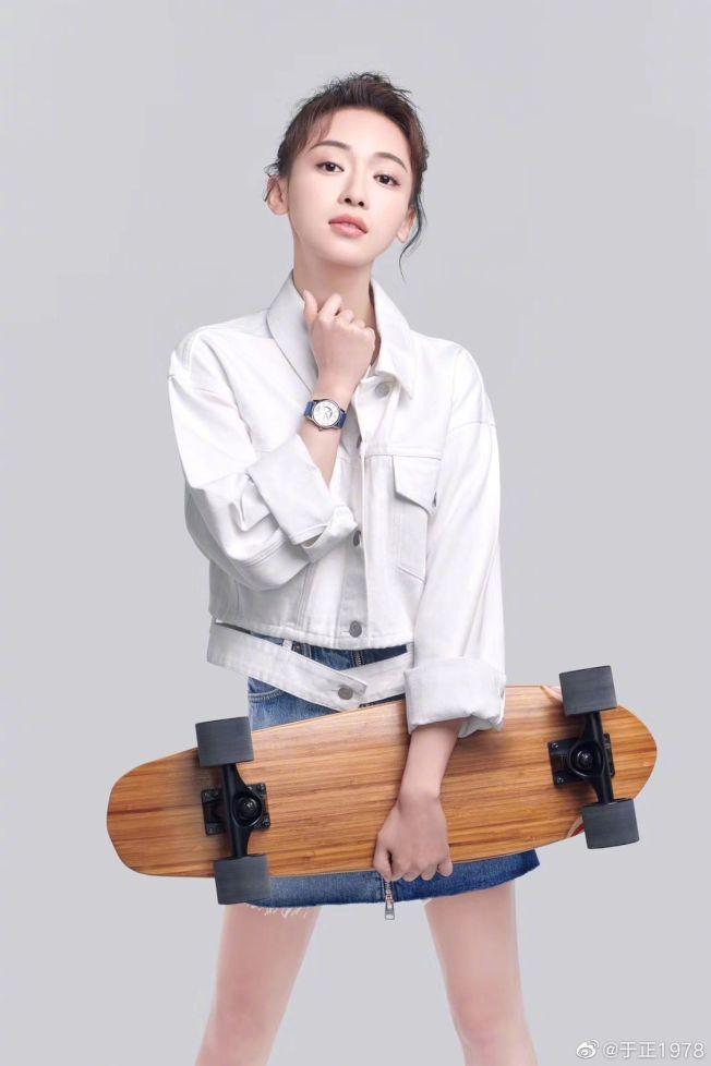 吳謹言(圖)新劇被網友吐槽「演技差」,于正公開為她護航。(取材自微博)