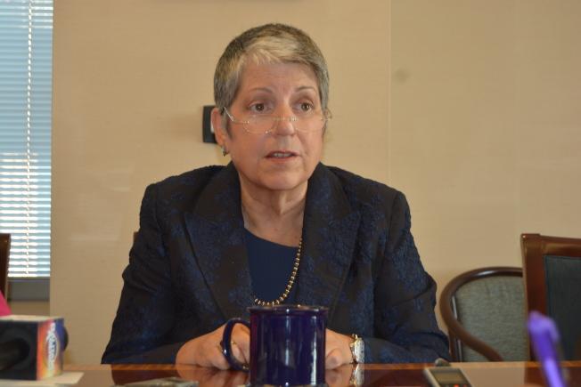 加大總校長納波利塔諾(Janet Napolitano)18日在加大董事會上宣布,將於2020年8月辭職。她表示,患乳腺癌並非辭職原因。(記者劉先進/攝影)