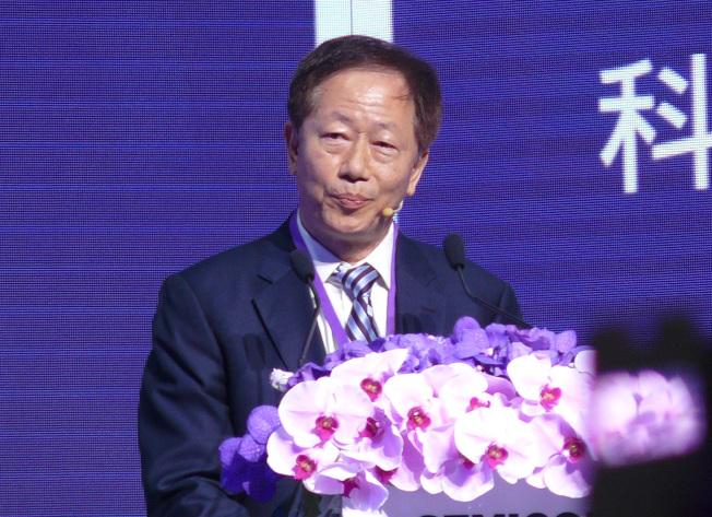 台積電董事長劉德音18日出席國際半導體展科技智庫領袖高峰會,他對台灣半導體發展提出4點建議,包括半導體要發展成為全球不可或缺的科技夥伴。(中央社)