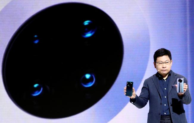 華為消費者業務CEO余承東吐槽蘋果剛發布的iPhone 11系列。(路透)