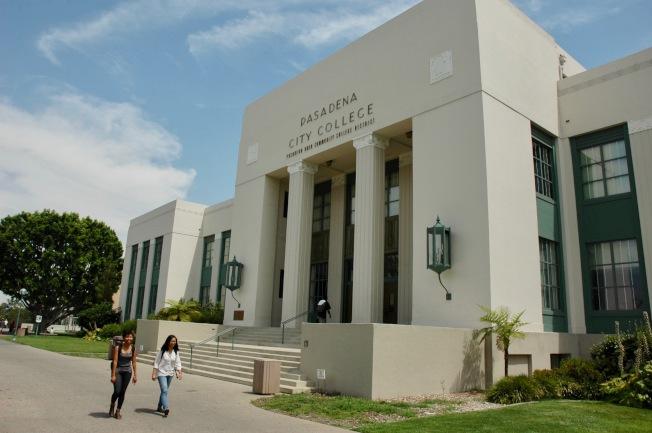 巴沙迪那社區學院深受中國留學生歡迎。(記者丁曙/攝影)