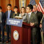 波洛西推動國會通過香港人權法案