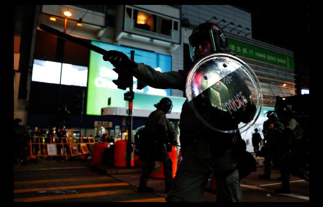 香港在今年6月爆發反送中抗爭以來,香港警方諸多執法方式已經引發外界關注與批評。(路透)