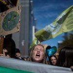 布魯塞爾逾萬人上街遊行 響應罷工罷課抗暖化