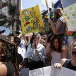 亞裔生響應氣候罷工罷課