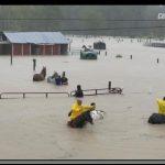 暴雨肆虐 馬場淹成湖