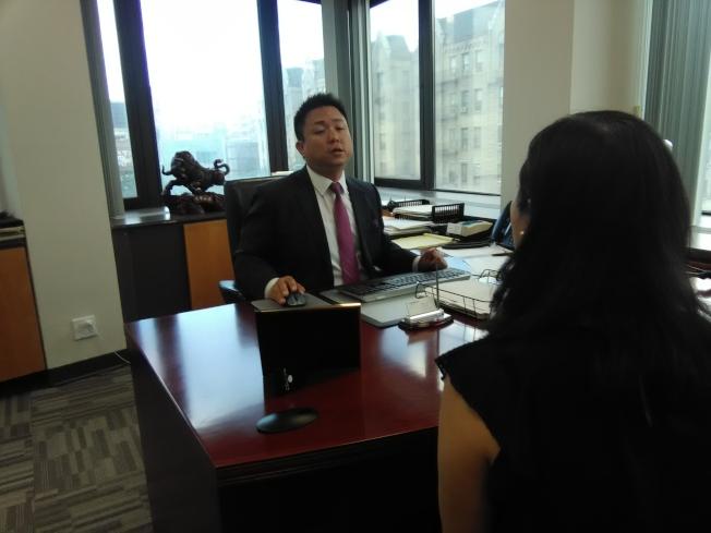 陳永傑說,華人社區很多人賣產品,但是很少人做規畫。(韓傑/攝影)
