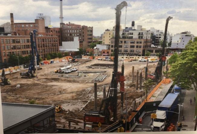 建築師及工程師表示,在監獄長達十年的施工期間,建築器材將會堆滿哥倫布公園。(蔡孟玲提供)