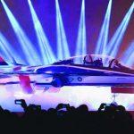 空軍新式高教機「勇鷹」亮相 蔡英文讚「努力值得了」