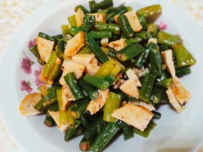 長豆炒素雞卷