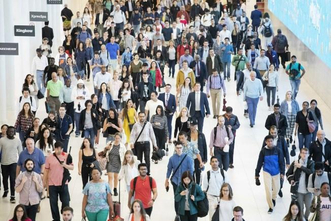 美國大城市去年流失數十萬千禧世代和X世代較年輕的居民,顯示城市增長降溫的新跡象。(美聯社)