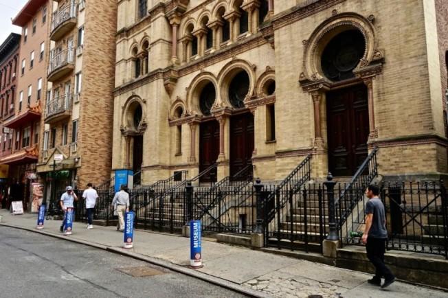 Museum at Eldridge Street是下東城唯一有對外開放的猶太人教堂。(圖:作者提供)