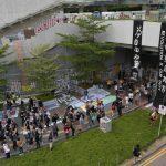 香港市民金鐘重建連儂牆 默立紀念雨傘運動5周年
