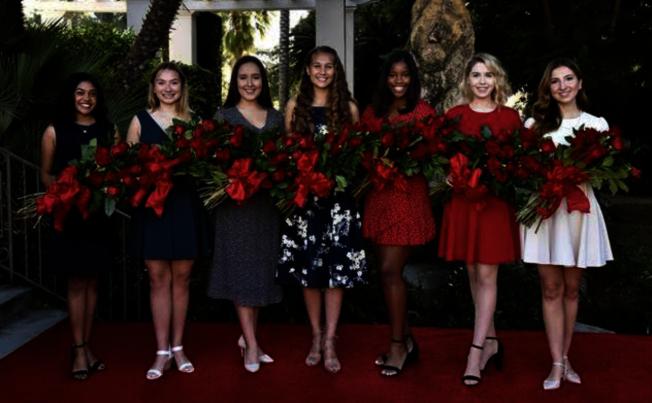 最終選出的七位佳麗(從左至右)分別為Rukan Saif, Mia Thorsen, Emilie Risha, Reese Rosental Saporito, Michael Wilkins, Camille Kennedy和Cole Fox。(主辦方提供)