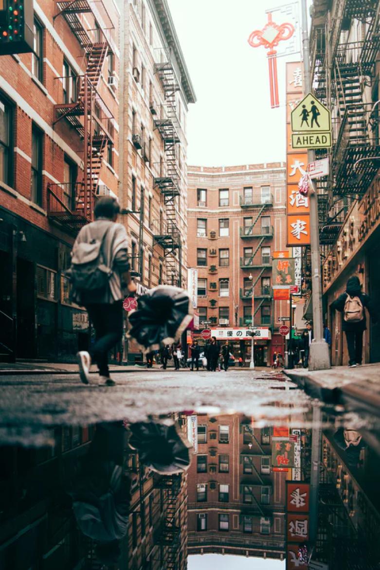 紐約曼哈頓中國城。(Photoby William Bout on Unsplash)
