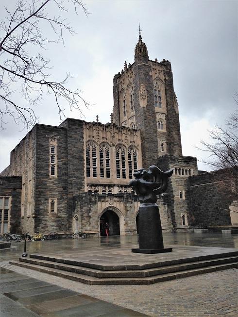 「美國新聞與世界報導」公布最新美國大學排名,普林斯頓大學取得第一。(記者張宗智/攝影)