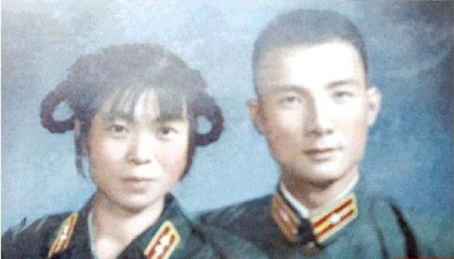 年輕時的馬旭夫婦。(取材自南方都市報)