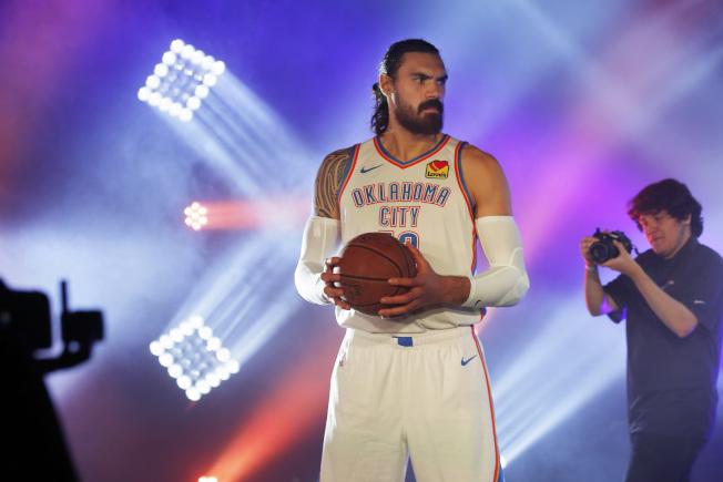 亞當斯是NBA中優秀的苦力長人,每年表現持續進步。(美聯社)