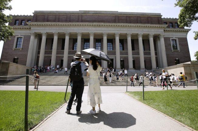 亞裔個人評分偏低 哈佛已因招生官司修正「錯誤」