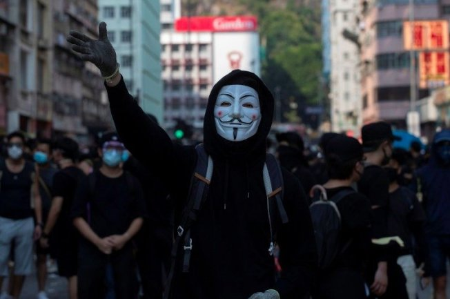 香港行政長官林鄭月娥昨日宣布,自10月5日零時零分起實施「禁止蒙面條例」。(路透社)