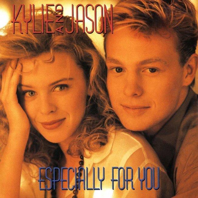 傑森唐納文(右)和凱莉米洛曾是藝壇情侶。(翻攝自YouTube)