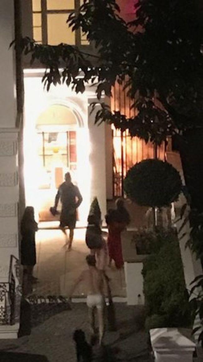 傑森唐納文穿內褲衝到鄰居家救火。(擷自推特)