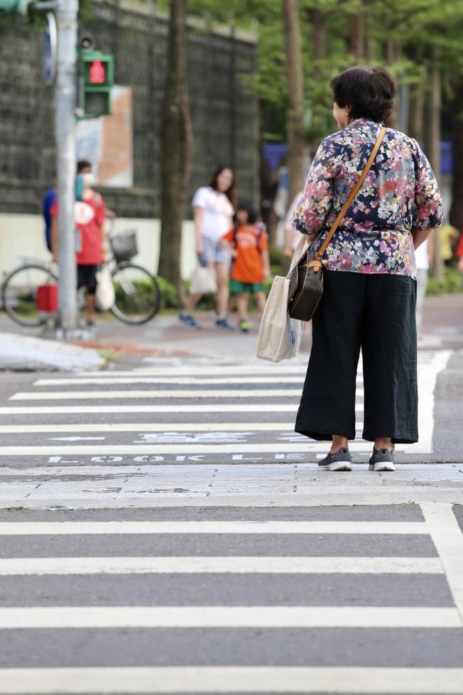 樂齡族防失智 多走路能辦到