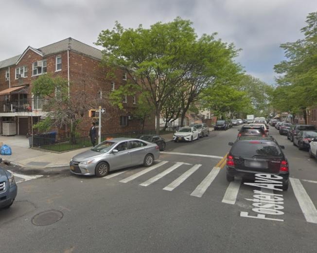 一名十岁男童在骑自行车时被撞亡,图为事发路口。(谷歌地图截图)