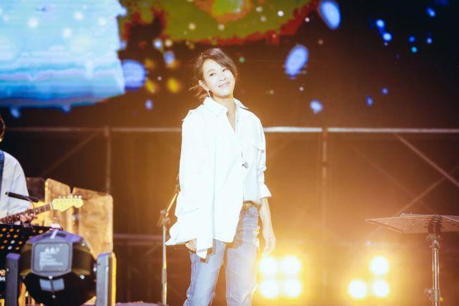 劉若英日前擔任上海簡單生活節《夢想舞台》的壓軸嘉賓。(取材自臉書)