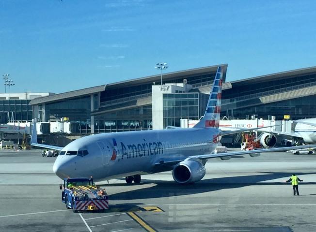 洛杉磯國際機場停機坪。(記者尚穎/攝影)