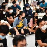 港人續大遊行抗禁蒙面法 川普聲援警告北京