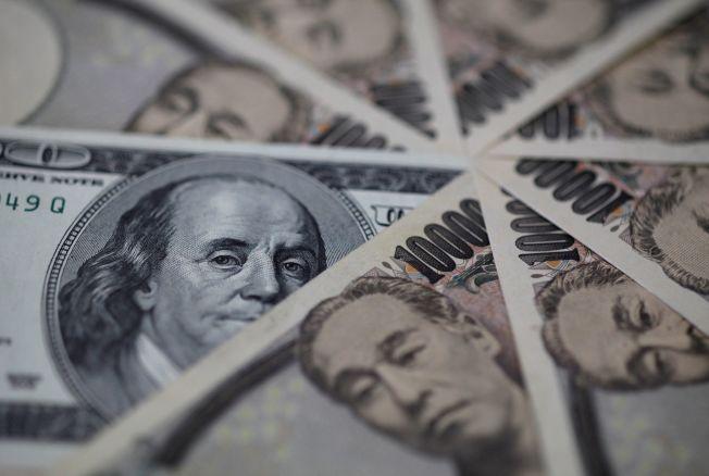 美元兌日圓周二一度下跌0.4%至106.81。(路透社)