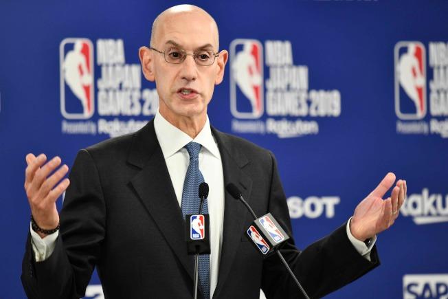 NBA理事長席佛說,NBA不會為火箭隊總經理莫雷的發言道歉,更不會為利益而犧牲原則,他仍將按預定行程赴上海,儘力斡旋。(Getty Images)