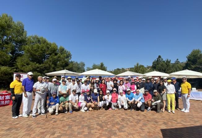 由橙縣商會基金會主辦,橙縣商會協辦的「愛心慈善高爾夫球邀請賽」8日展開。(記者尚穎/攝影)