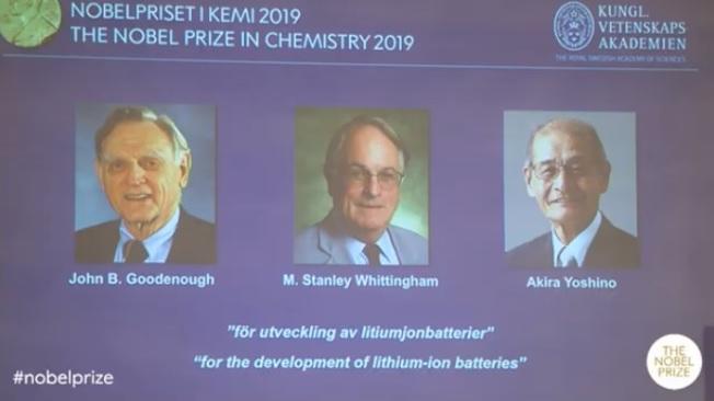 諾貝爾化學獎得主古迪納夫(左至右)、惠廷翰和吉野彰。(取自諾貝爾官網)
