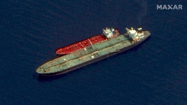 航行海上的油輪也逃不過衛星追蹤。(Getty Images)