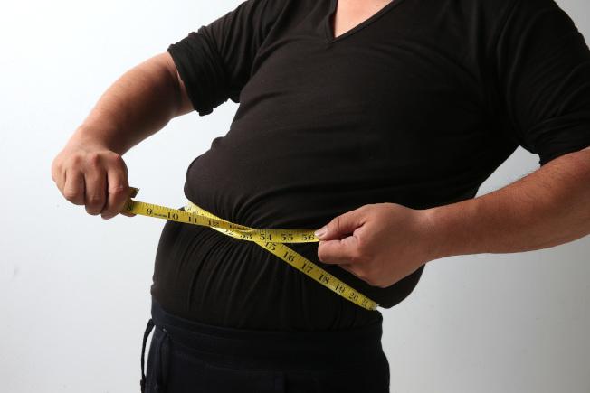 體脂機都有測量極限,如果體重明顯超重,應該立即就醫,而不是去買體脂機計。(本報資料照片)