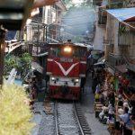 近看火車太危險 越南河內決心整治「火車街道」