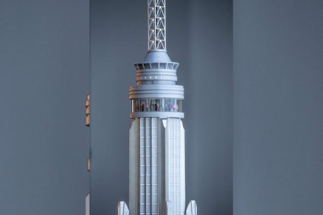 帝国大厦全新打造的第102层360度极致视野全景落地窗观景台,本周六与公众见面。(帝国房地产信托公司提供)