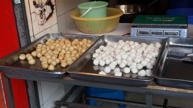 極度加工食品中包含華人常吃的魚丸。(本報檔案照)