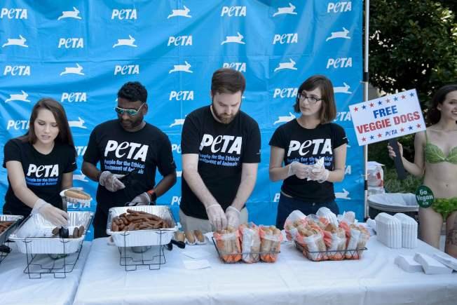 素食熱狗也屬於極度加工食品。(Getty Images)