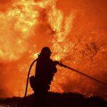 洛杉磯野火失控 緊急疏散10萬人