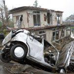 61年來最強颱撲日 屋頂、汽車被吹翻 數人受傷