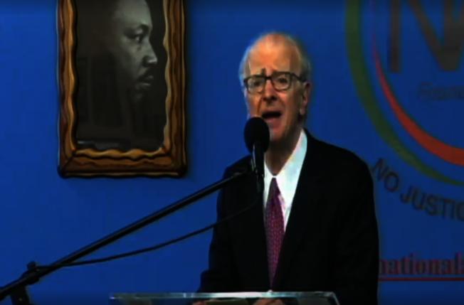 利普曼指關閉雷克島、建四城區監獄的計畫若此次通不過,將再等30年。(全國行動網路視頻截圖)