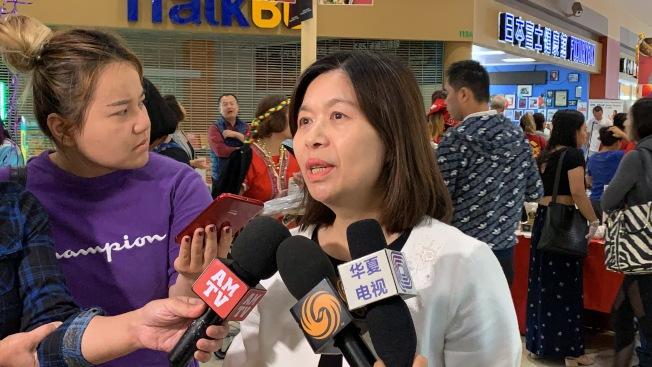 洛杉磯台灣貿易中心主任林鳳珠接受採訪。( 記者王子銘/攝影)