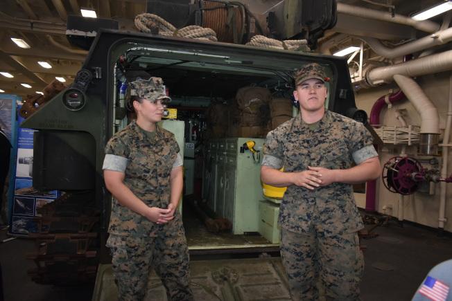 登陸裝甲車可為登陸作戰提供後勤保障。(記者黃少華/攝影)