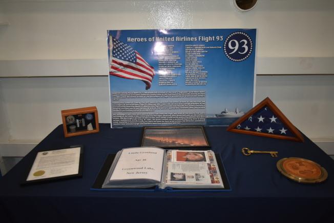 艦上設置了聯合航空93號航班的紀念展示區。(記者黃少華/攝影)