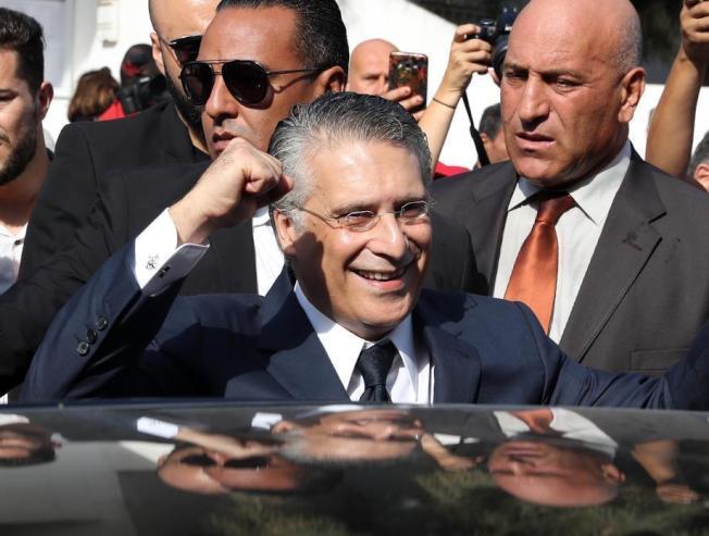 因洗錢、侵占等遭起訴的媒體大亨卡魯伊(Nabil Karoui),被推上突尼西亞總統大選第二輪投票。圖/歐新社