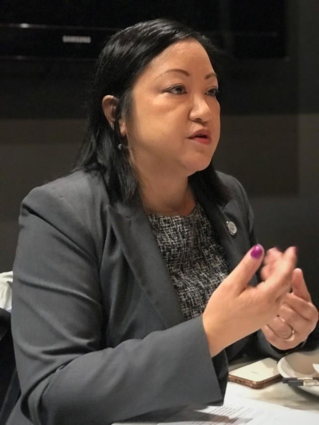 馬靜儀積極爭取華裔選民支持。(特派員黃惠玲/攝影)