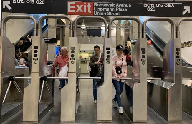 MTA財務捉襟見肘,未來恐持續債台高築,導致削減服務或漲價。(記者曹健╱攝影)
